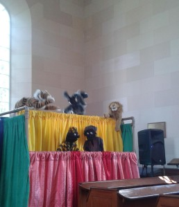Puppets in song