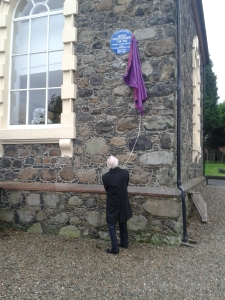 Rev Mac unveils the plaque