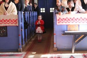 Service of Thanksgiving, Oklánd church, Transylvania (Photo: Márkó László)