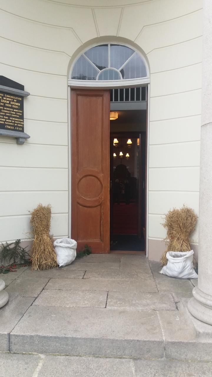 clough-entrance