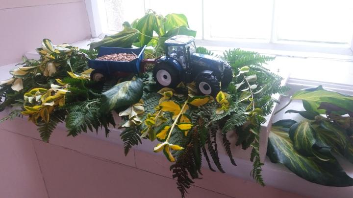 clough-tractor