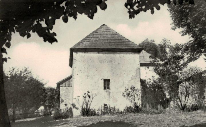 03a Sixteenth-century parsonage