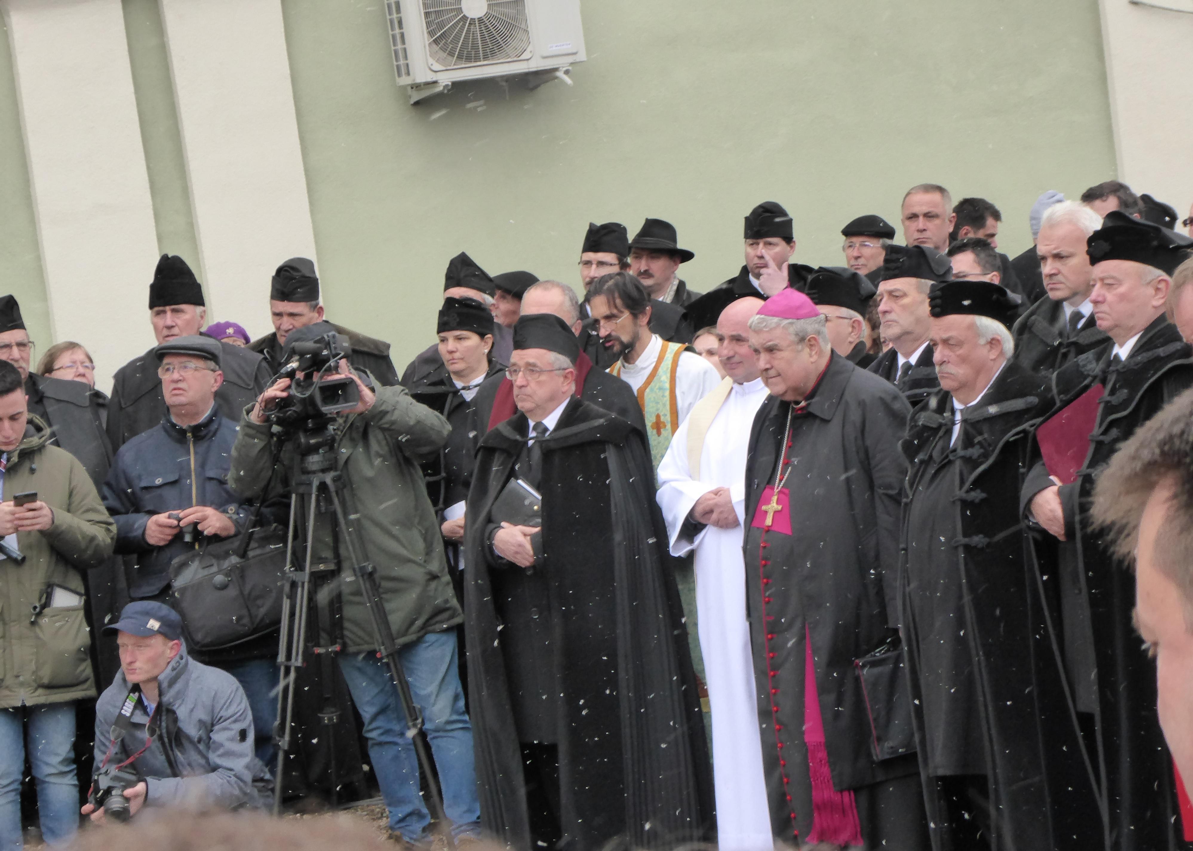 Bishop Ferenc Balint Benczedi of the HUC and Archbishop Gyorgy Jakubinyi
