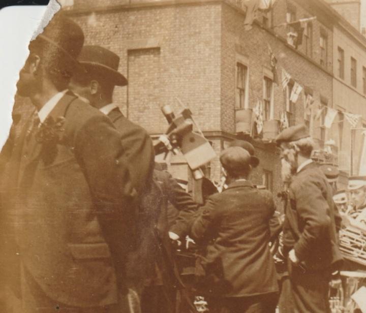 1900 Band Livrepool 01