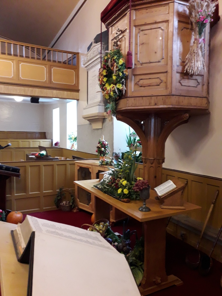 Dpk Harvest Pulpit