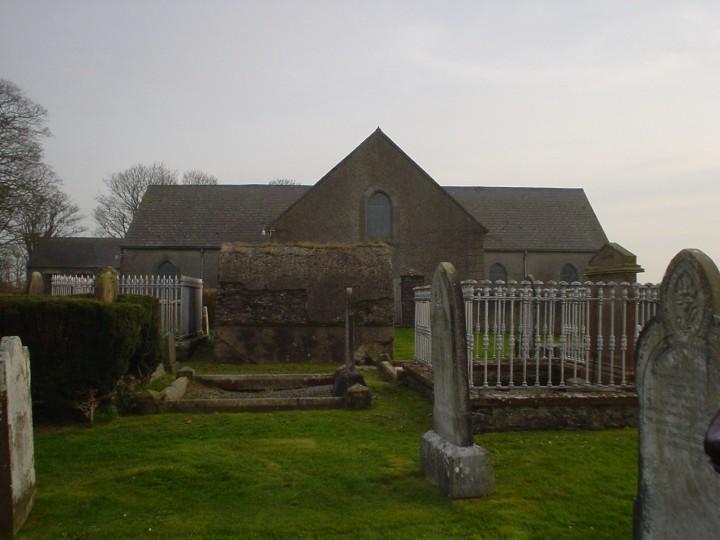 Ballee across graveyard 2004 04