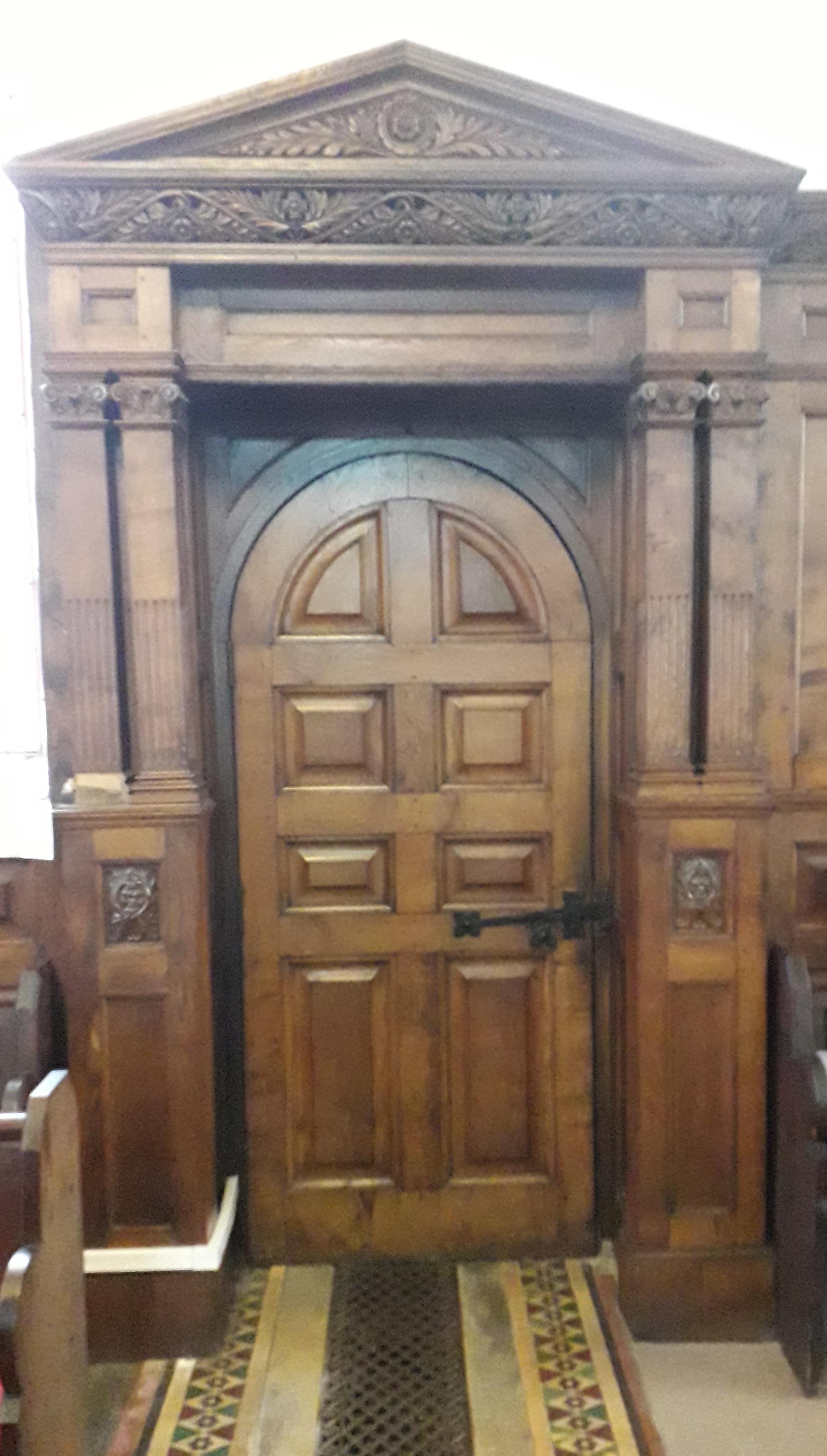 Mansfield doorcase crop