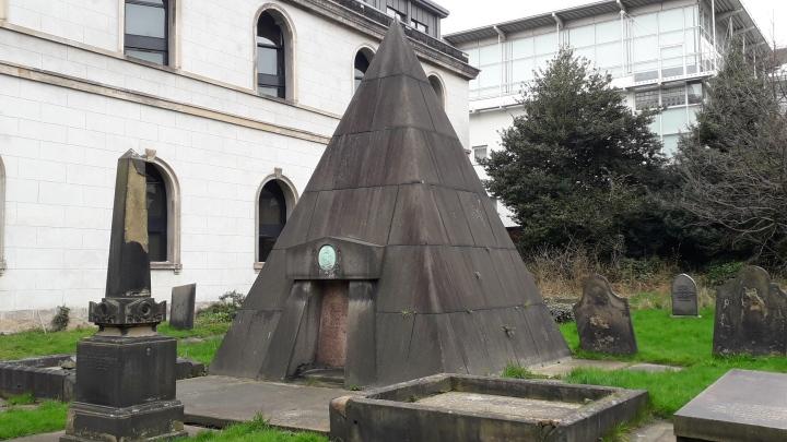 Rodney Street pyramid