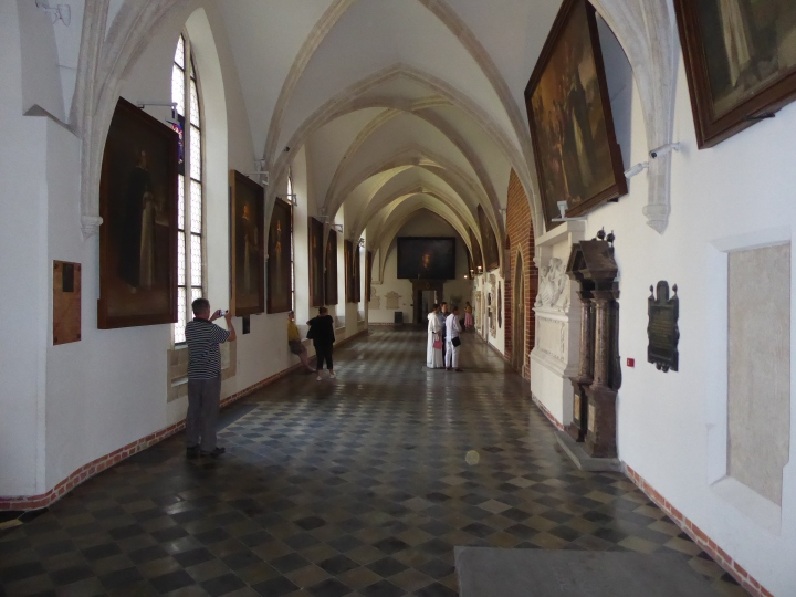 Dominican cloisters