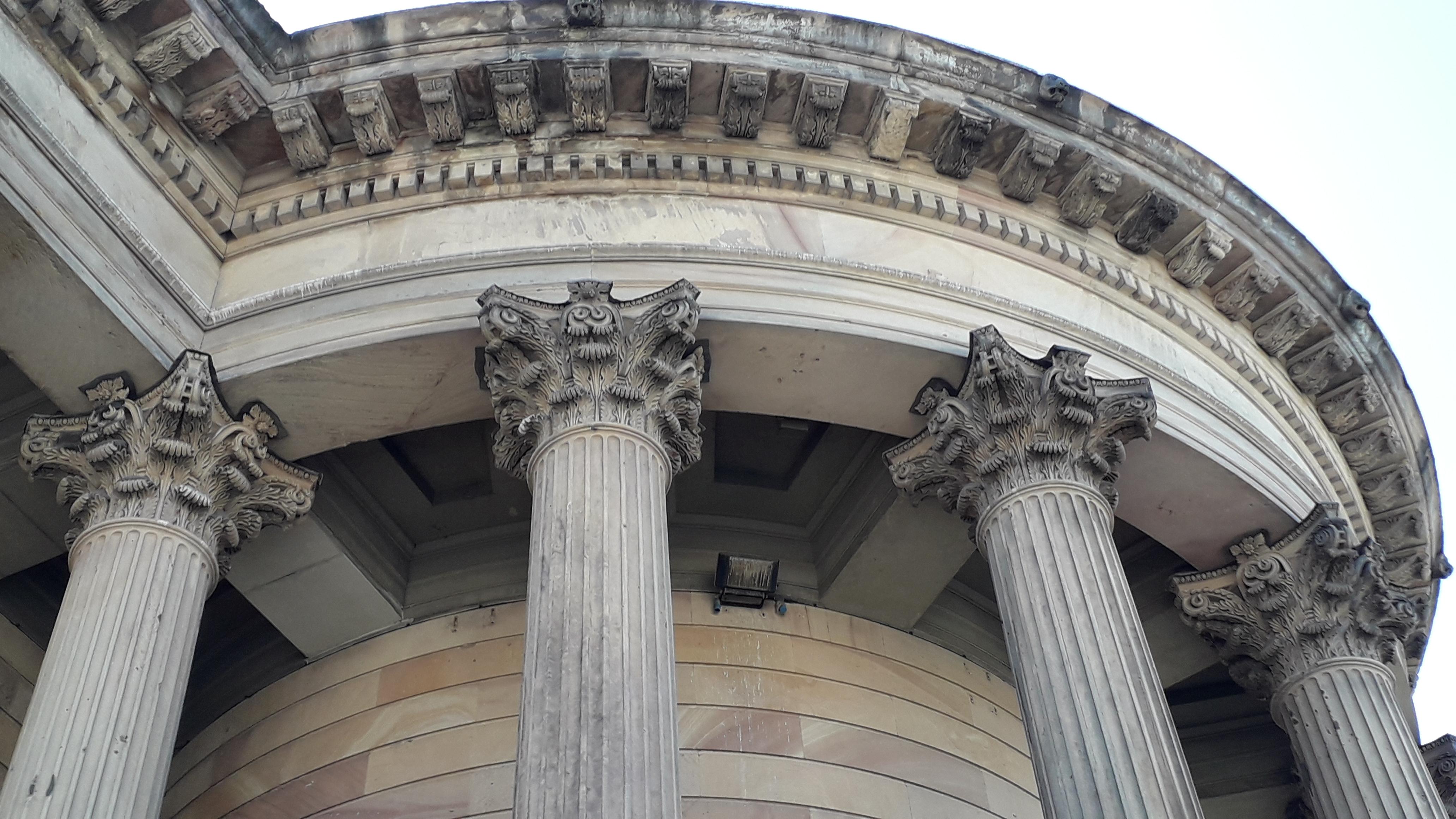 GGC pillar heads circular