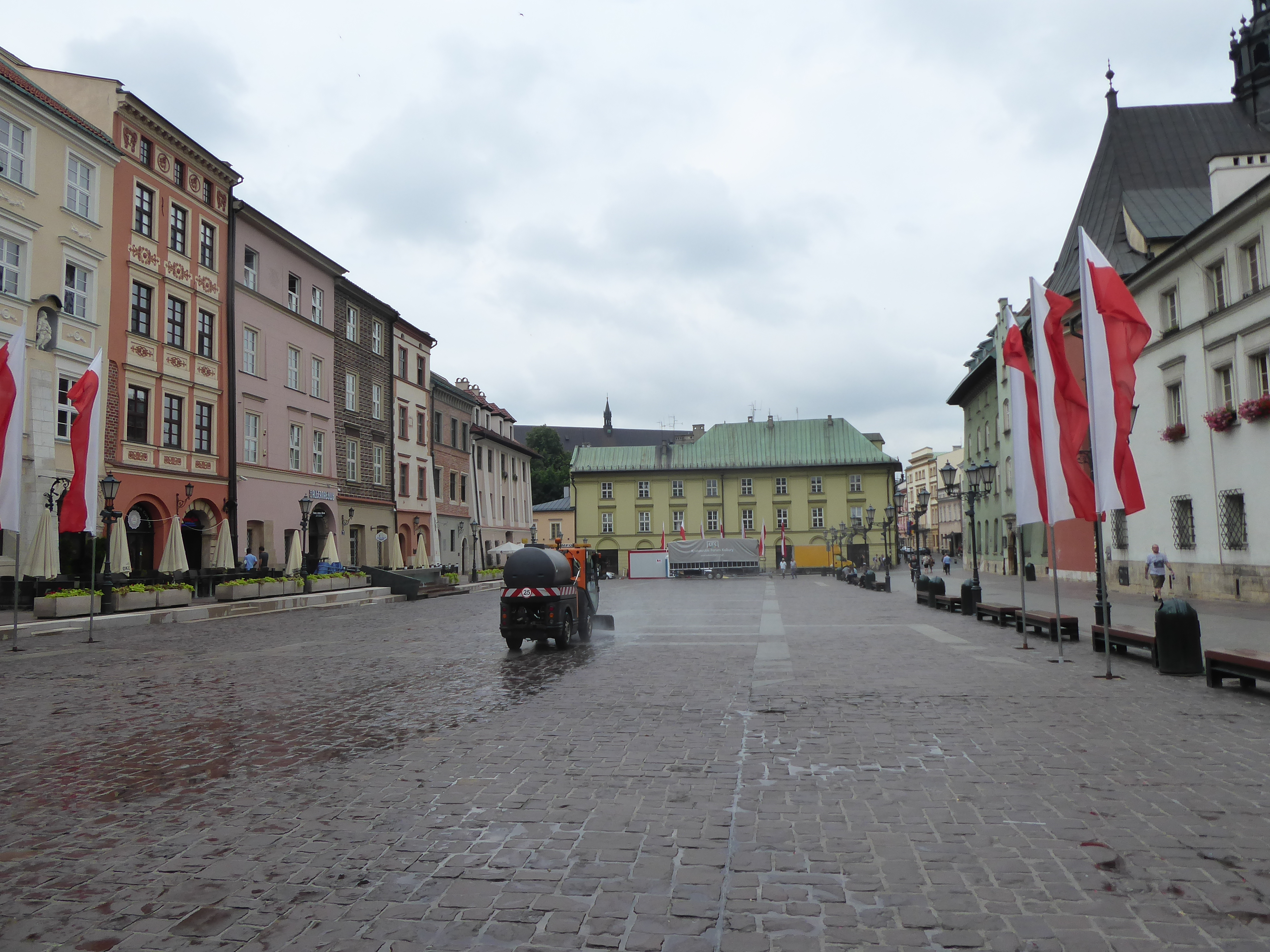Krakow square 02